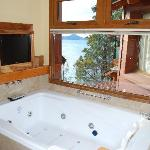 The jacuzzi in our room