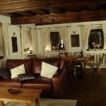 a relaxing yet elegant dining experience...