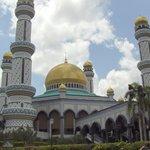 Jame'Asr Hassanil Bolkiah Mosque Image