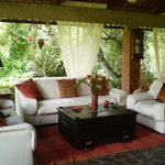 Balinese-style Open Living