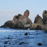 Over 30m in height the Tategami rocks stand erect and point to the heavens.  These 2 giant basal