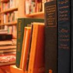 Scéal Eile Books