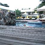 Poolside @ Putahracsa