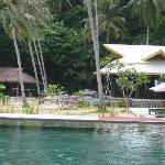 le restaurant vu de la piscine