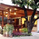Yindee Stylish Guesthouse entrance
