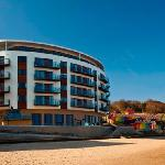 Foto de The Sands - Sea Front Apartments