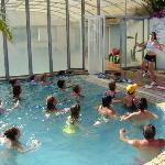 Le attività dell'animazione: acquagym in piscina