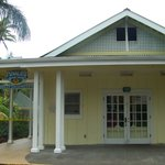 Punaluu Bake Shop and Visitor Center