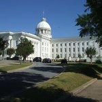 Photo of Alabama State Capitol