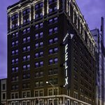 Hotel Felix Chicago, corner of Clark/Huron