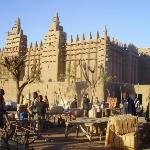 Mosque and market, Djenne