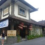 Hotel Kumala(Not to be confused with Kumala Pantai Hotel)
