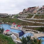 Lobby, y piscina central