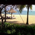 Blick von der Villa zum Strand