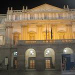 La Scala de noche