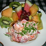 Lizzies's LOBSTER ROLL w/ Fruit