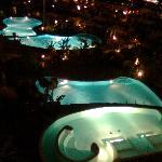 las piscinas de noche