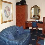 Room 104 - Sofa, Desk, Minibar & TV