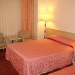 Photo de Emperor Hotel