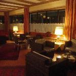 Lounge & free internet spot