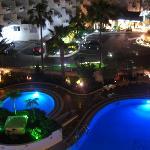 Pool looks quite spectacular at night...