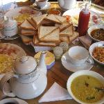 Nice breakfast with choices of Western and Sri Lankan