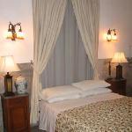 Oriental suite (front)
