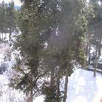 Proximity to hot tub and ski slope