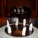 DOSA KING ROTATING ROUND TABLES