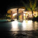 The Swim-up bar...