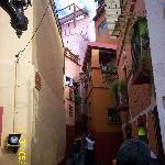 Mexico Guanajuato Callejon del Beso 4