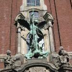 Hampurista, tais olla pyhä Mikaelin kirkko