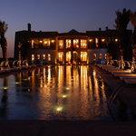 Le palais (soir)