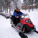 depart pour une randonnée en motos neige