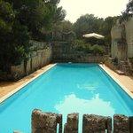 piscina al sole