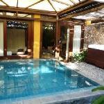 une autre vue de la piscine privee (Dedari Suite)