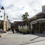 Calle Doña Blanca, en Jerez de la Frontera. Su nombre le viene por la reina Doña Blanca de Borbó