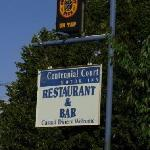 Photo of Centennial Court Motor Inn