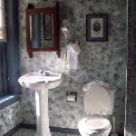 a sunny bathroom at Lafayette Inn.