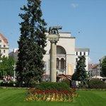 Victory Square (Piata Victoriei)