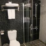 Bathroom for Anna Sui Rm