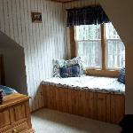 Window seat in guest bedroom