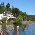 l'hôtel et le lac