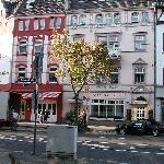 Hotel Hanseat Front Facade