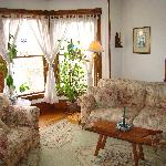 Rose Arbour B&B, Chester, VT Guest Sitting Area