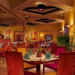 Pueblo Bonito Sunset Beach Bistro