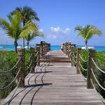 boardwalk to gracebay