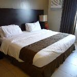 King size soft bed in premier suite