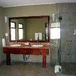 Bathroom in the Honeymoon Suite