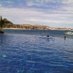 Famil Infinity Pool